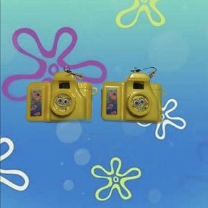 Handmade sponge bob click camera earrings!